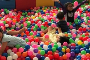 colour ball pits for rent