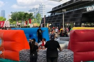 bouncy hippo chow down rental singapore
